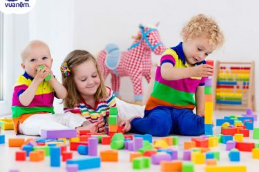 Đồ chơi thông minh cho bé - Giúp trẻ phát triển trí tuệ vượt trội