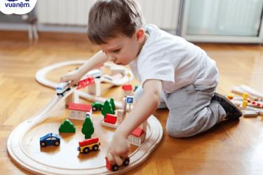 Cách chọn đồ chơi cho bé 3 tuổi để bé phát triển toàn diện