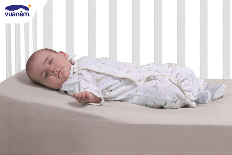 Review top gối chống trào ngược dành cho bé