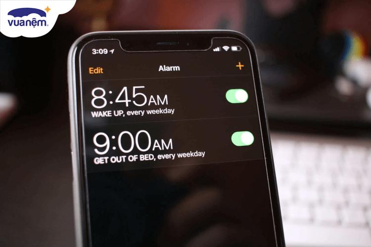 Cách cài đặt báo thức hiệu quả trên điện thoại