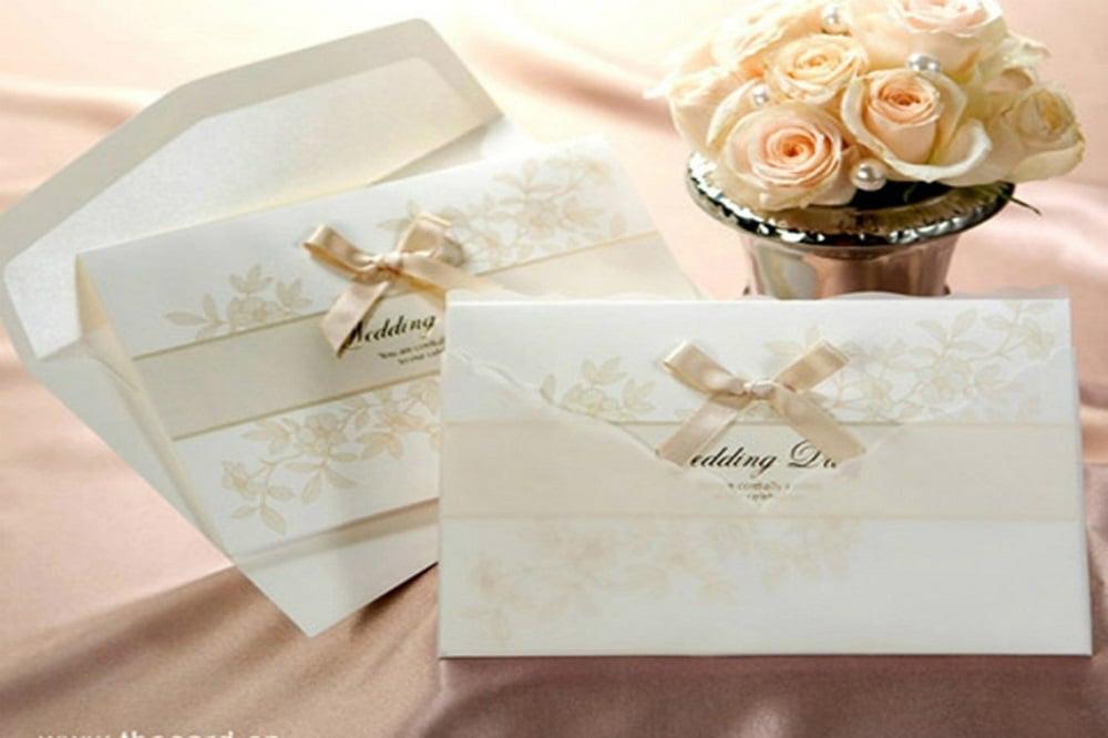 Gửi thiệp cưới đến hco khách mời
